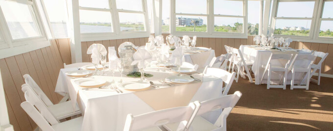 Sugar Creek wedding table setting